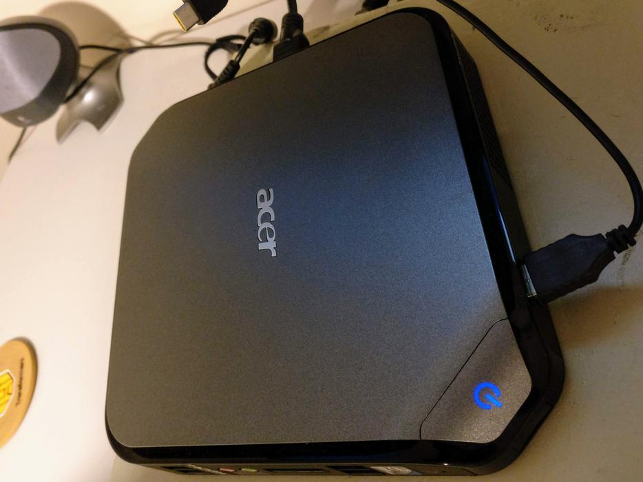 $60 · Acer Veriton - Win 10, Atom D525 1 80 GHz, 2 GB RAM, 600 GB HDD,  NVIDIA ION 2