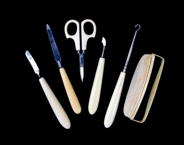 French Ivory .... 6 Piece Set