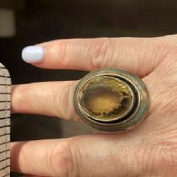 beautiful sterling silver citrine ring