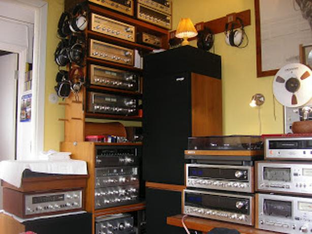 WANTED: Buying Old Receiver Amplifier Turntable Speakers Preamp Reels LPs