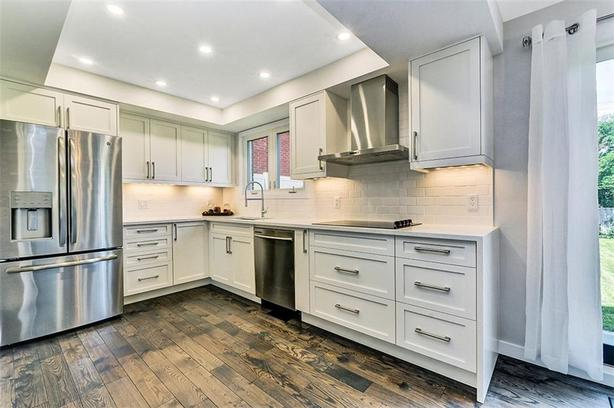 Completely renovated single family home in central area on large lot!
