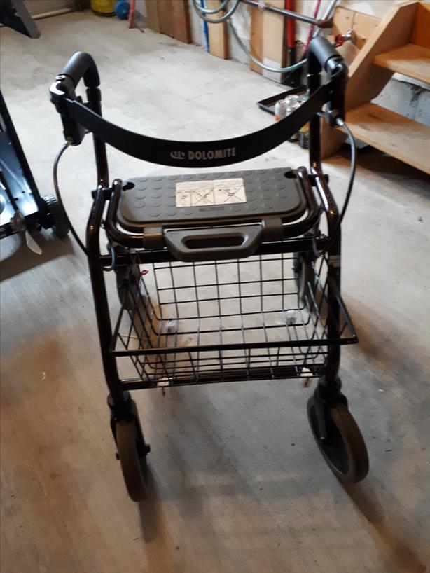Dolomite Legacy Walker on wheels