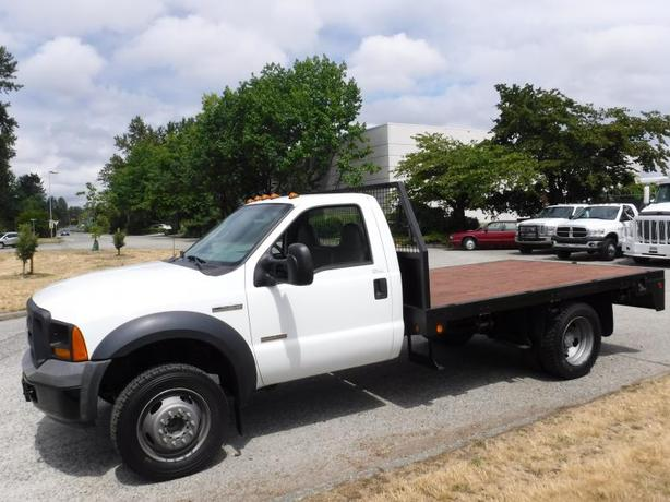 2006 Ford F-450 SD Diesel Flat Deck 11 foot Regular Cab Dually  2WD