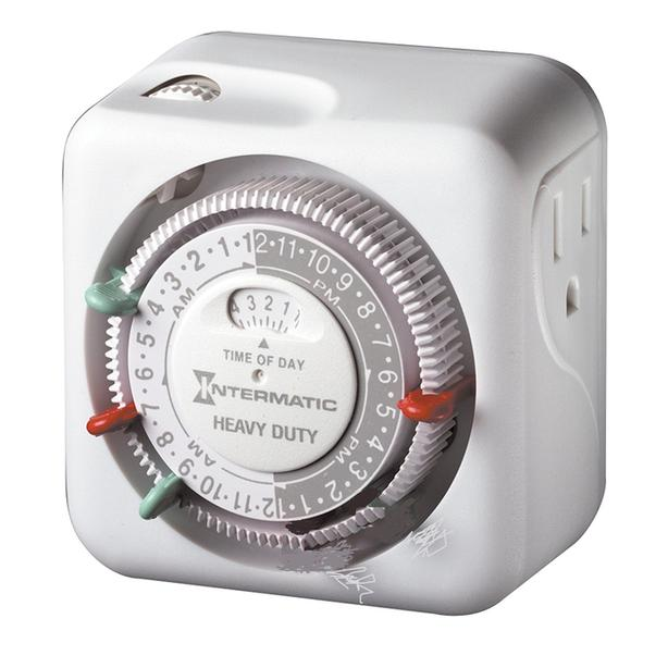 Heavy duty grounded plug-in indoor timer