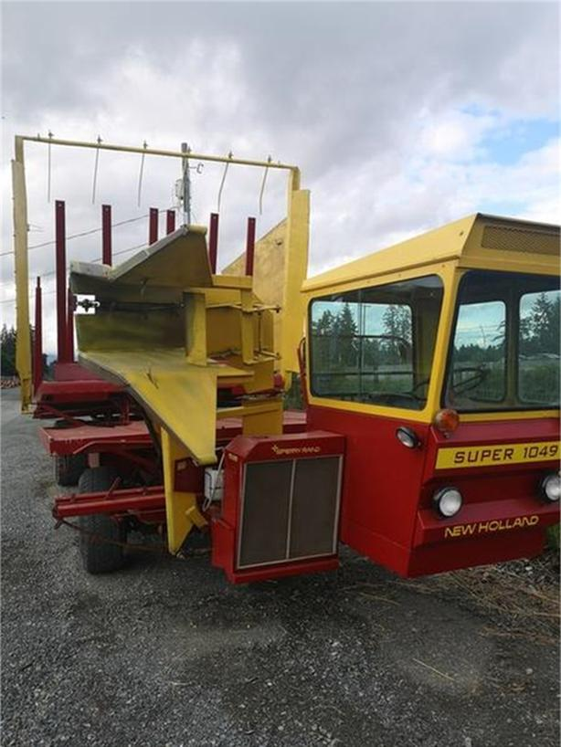 1974 NEW HOLLAND SUPER 1049