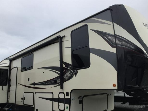 2019 Forest River Wildwood Heritage Glen Elite Series LTZ 34RL