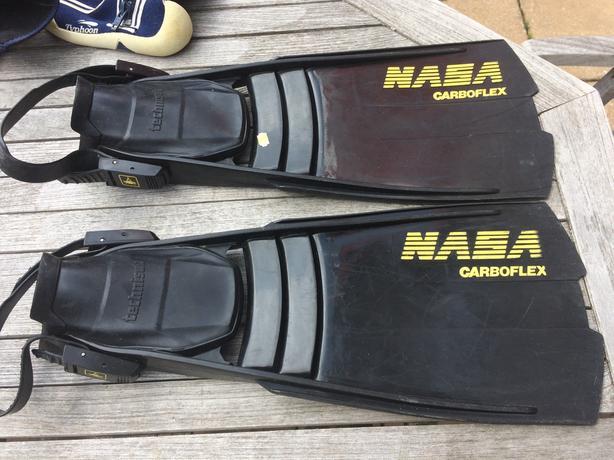 Heavy Duty NASA Carboflex Technisub Scuba fins + mask, tube + shoes