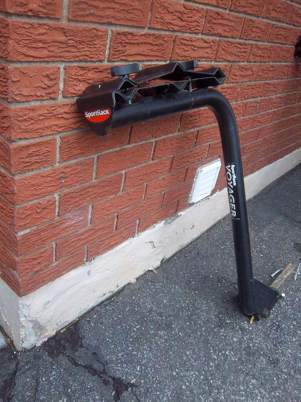 Bicycle rack for hitch