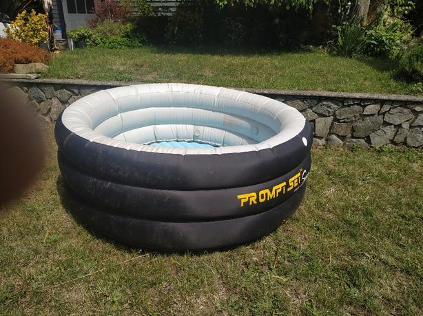 FREE: river tube ? kid's pool? etc ....