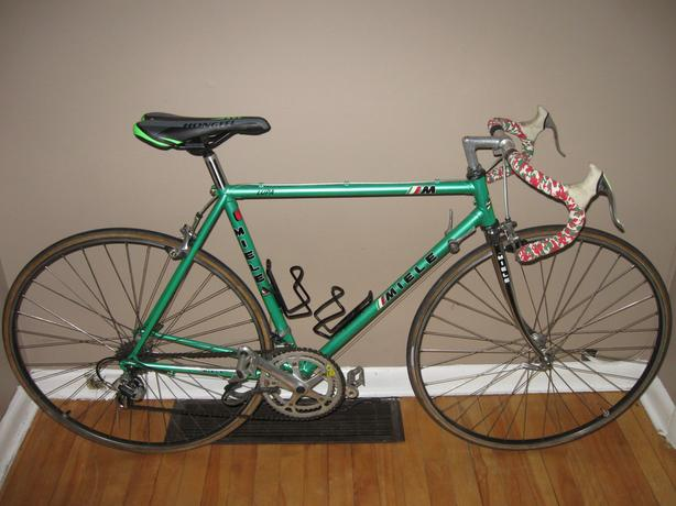 MIELE LUPA ROAD BIKE $365 OR BEST OFFER