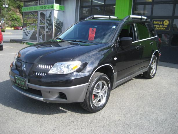 2006 Mitsubishi Outlander AWD with 4 cyl. and Auto Trans. NO ACCIDENTS