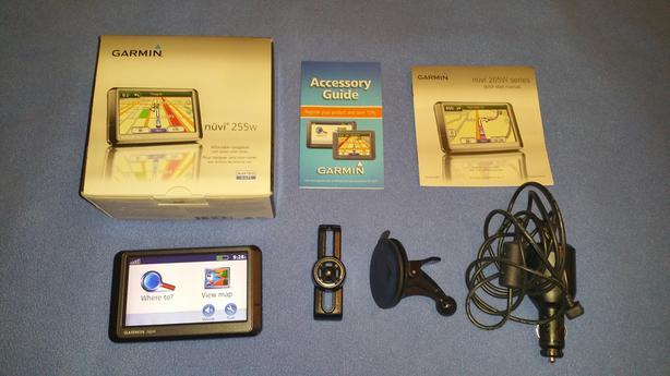 GARMIN NUVI 255W GPS WITH ORIGINAL BOX