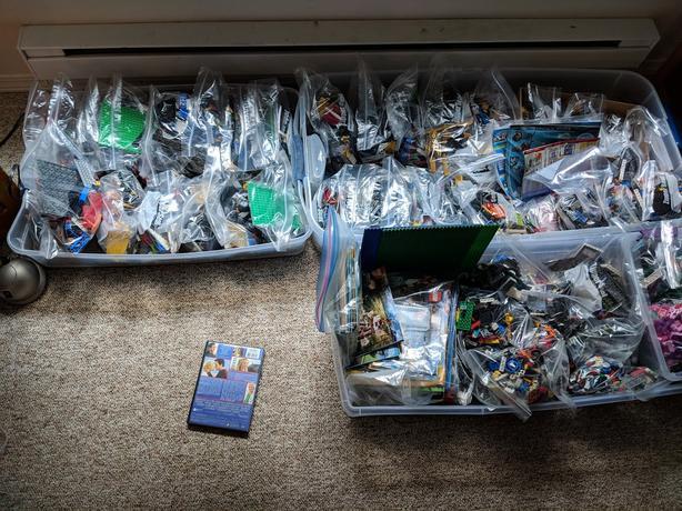 WHACKLOAD OF LEGO