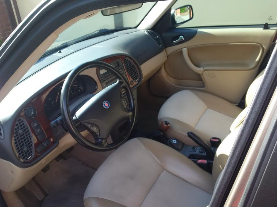 $4,000 · Saab 9-3 SE 2002