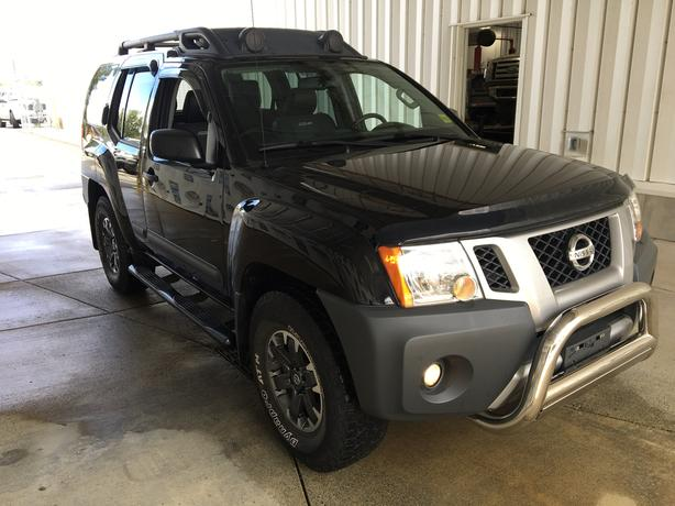 2015 Nissan Xterra PRO-4X Limited – VERY LOW KM's!