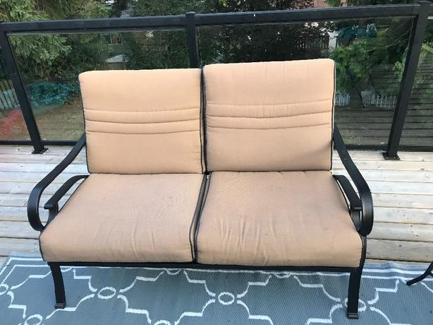 EUC 3 piece patio set