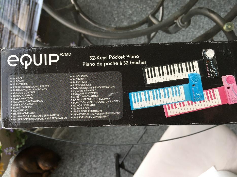 $5 · 32-Keys Pocket Piano