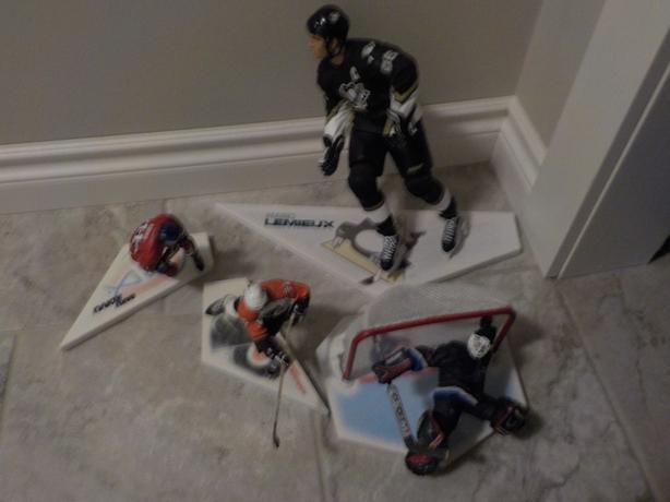 hockey figures
