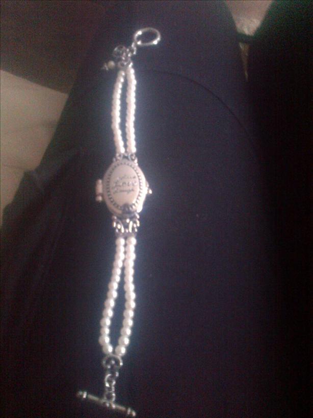 Fashion  Pearl Locket Watch