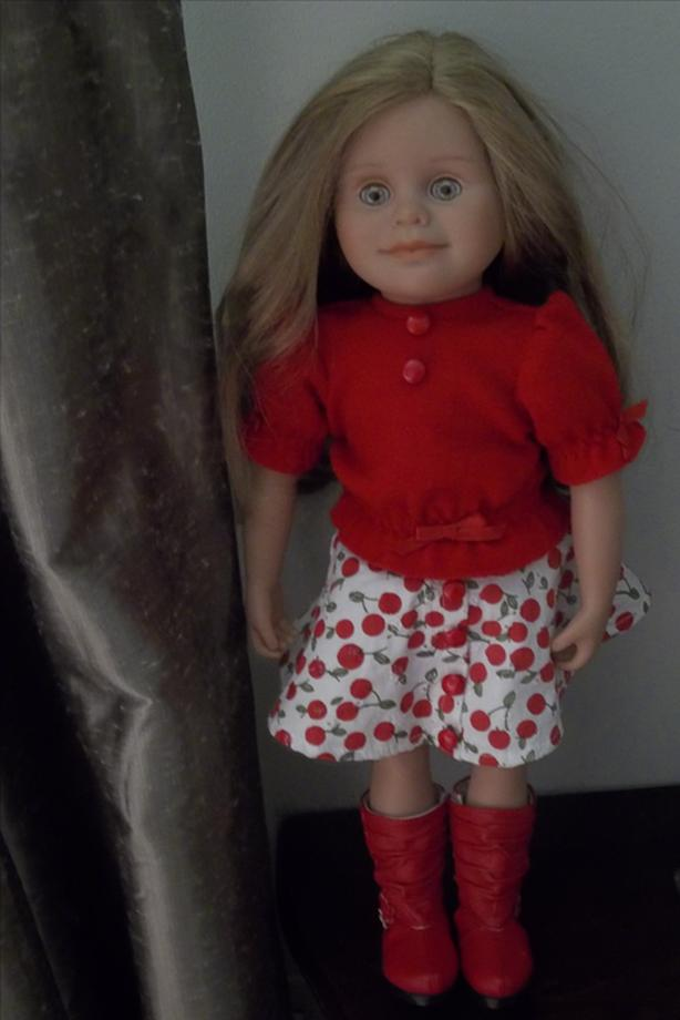 Maplelea Léonie, Canadian Girl 18 Inch Doll