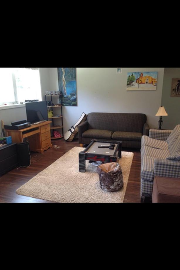 Looking for Roommate in Two bedroom