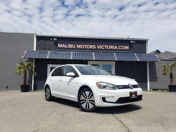 ** 2016 VOLKSWAGEN E GOLF - FULLY ELECTRIC - Back up cam!