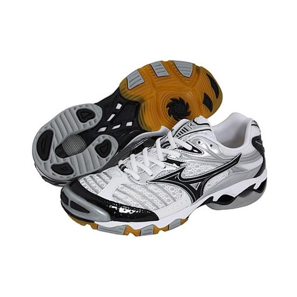 **NEW IN BOX** Mizuno Volleyball Shoes Runners