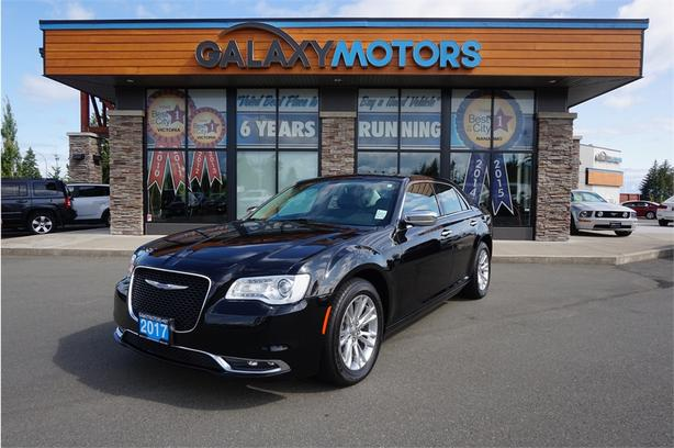 2017 Chrysler 300 TOURING- HEATED LEATHER  MOONROOF  DUAL EXHAUST
