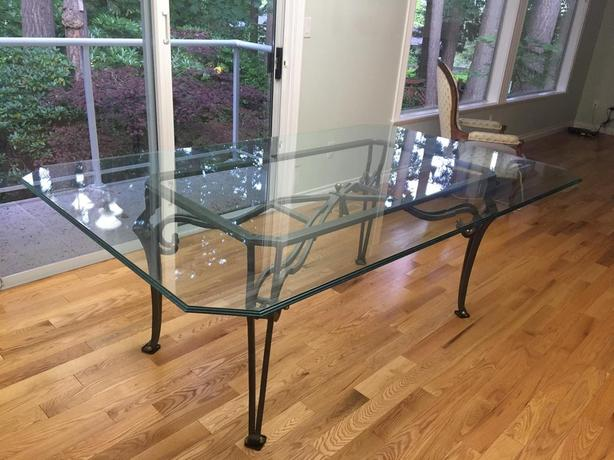 LARGE, MODERN DESIGN GLASS DINING TABLE