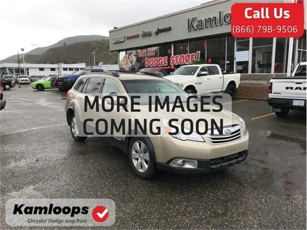2010 Subaru Outback Premium /AWD//