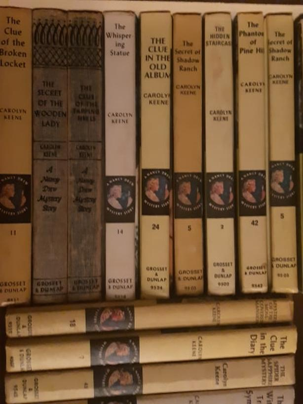 Nancy Drew  Vintage collection