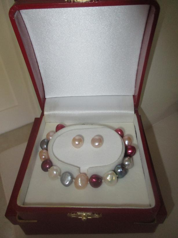 Colorful Freshwater Cultured Pearl Bracelet With Matching Pink Stud Earings