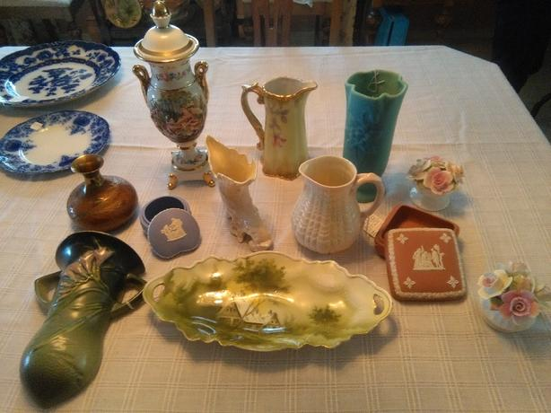 Hull and Roseville Pottery ++