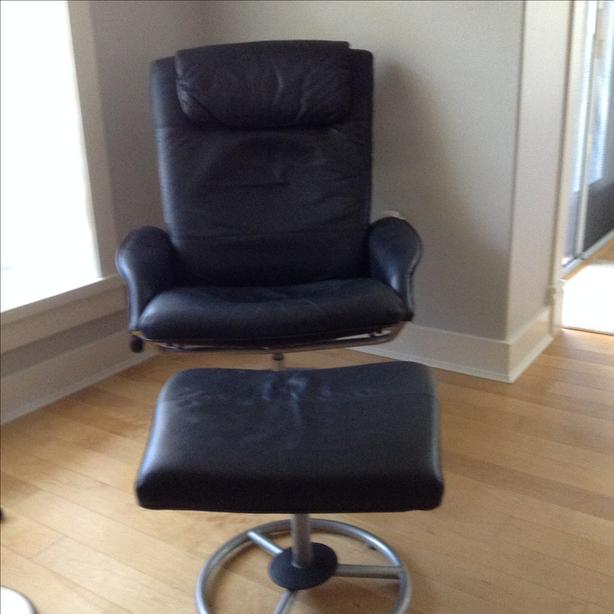 Super Ikea Leather Chair And Footstool Parksville Nanaimo Machost Co Dining Chair Design Ideas Machostcouk