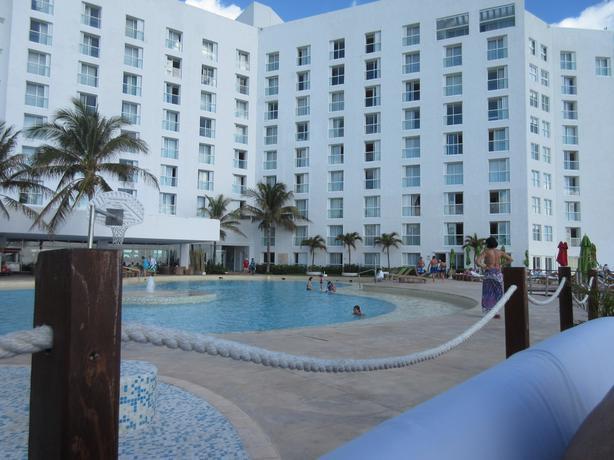 Luxury Week Royal Sunset Cancun