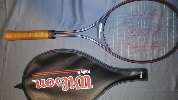Wilson Rally ll tennis racket