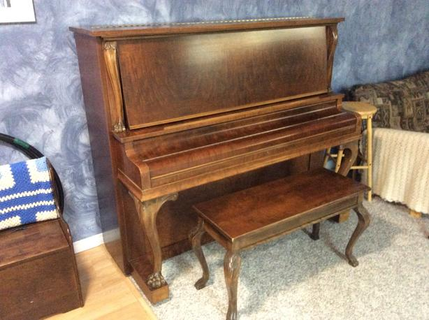 Gerhard Heinzman Upright Piano & Storage Bench
