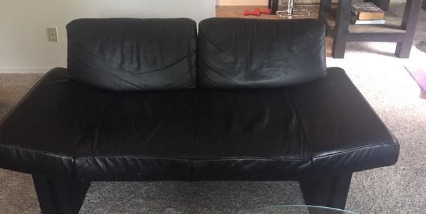 Phenomenal Free Black Leather Sofa Love Seat And Matching Chair Spiritservingveterans Wood Chair Design Ideas Spiritservingveteransorg
