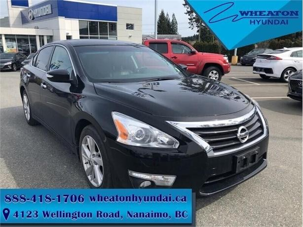 2014 Nissan Altima 2.5 - Leather Seats -  Bluetooth - $103.74 B/W