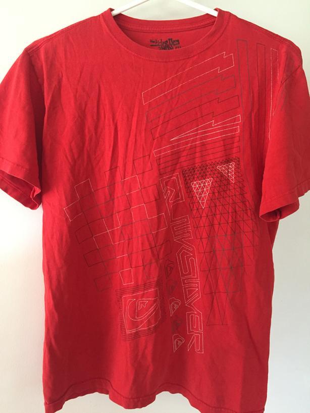 Tshirt size Mens Medium or Boys age 14-16