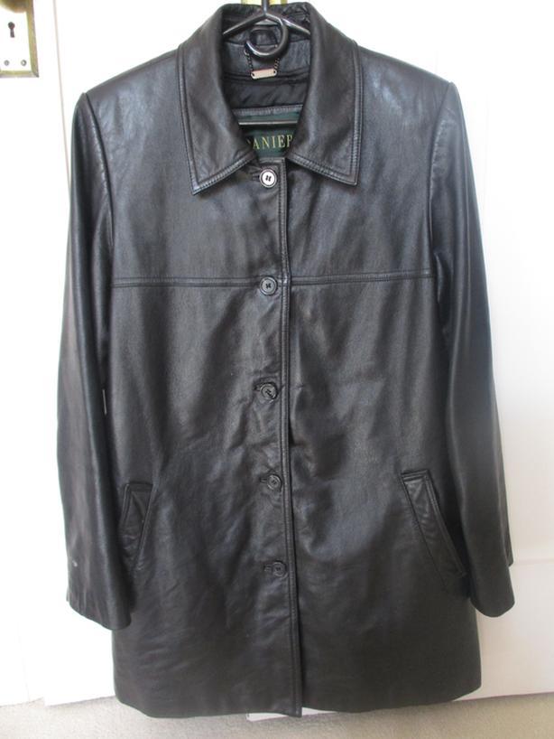 Vintage 1980's Women's Danier Black Leather Coat