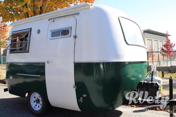 B1300-S/H (Rent  RVs, Motorhomes, Trailers & Camper vans)