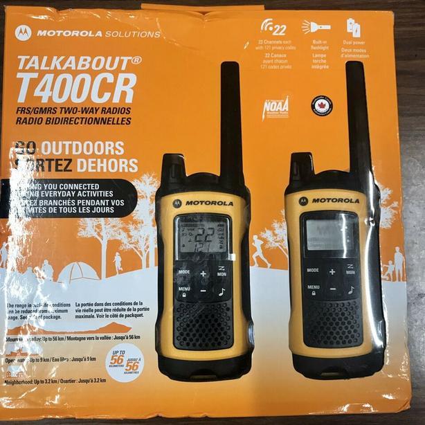 Motorola T400 CR Talkabout Two Way RADIOS
