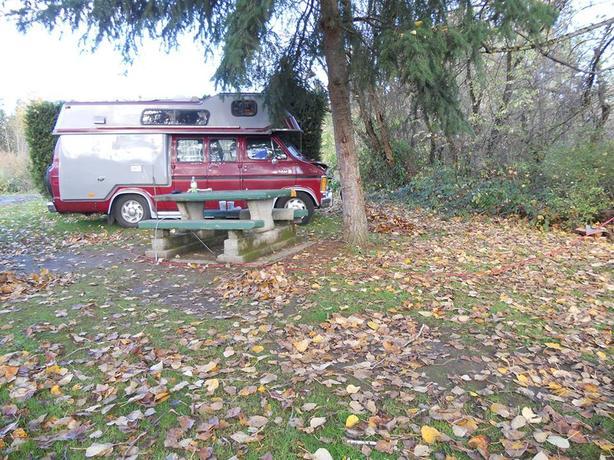 1988 DODGE (Mahal) Conversion Van, Not Running Duncan, Cowichan