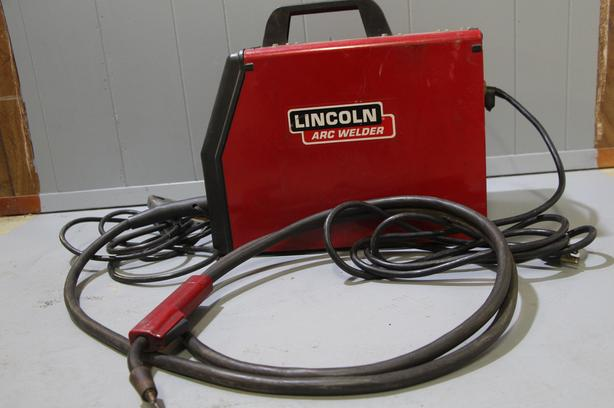 Lincoln Arc Welder Idealarc SP-100 Wire Feed Welder - Complete - 110v