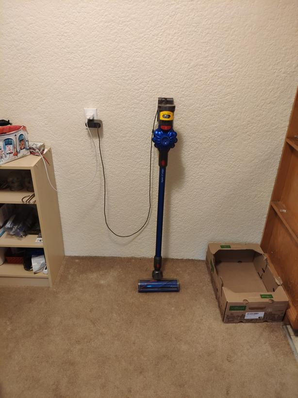  Log In needed $215 · Dyson Vacuum V7, originak $300 bought from canadian  tire  Now sell: $215
