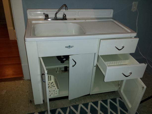 Antique Vintage Retro 1940s Metal Kitchen Cabinets Enamel Sink Victoria City Victoria Mobile