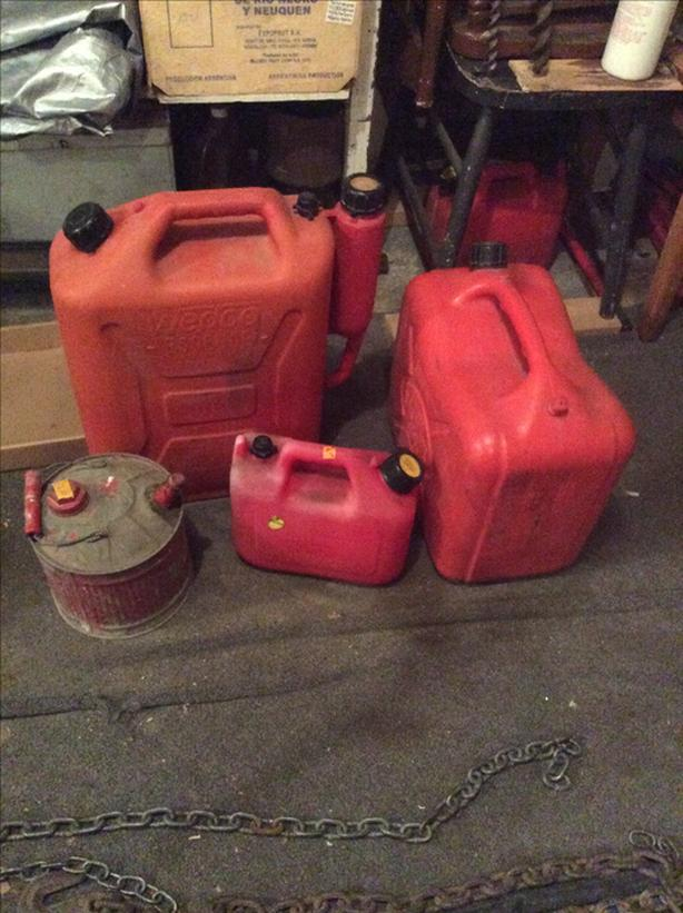 GAS JERRY CANS FOR SALE