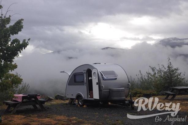 320 CS-S Max (Rent  RVs, Motorhomes, Trailers & Camper vans)