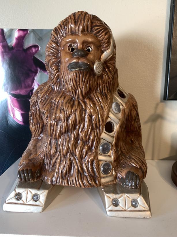 Star Wars Chewbacca Statue